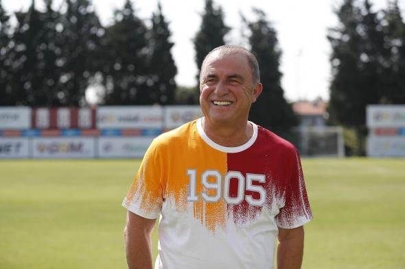 Mina'nın yeni adresi Galatasaray