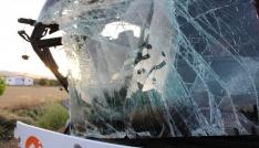 Amasyada yolcu otobüsüyle tır çarpıştı: 22 yaralı