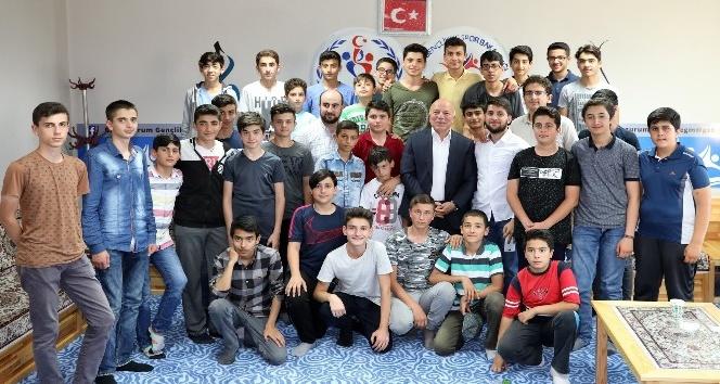 Başkan Sekmen'den gençlere kariyer dersi