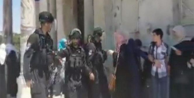 İsrail güçleri Filistinli kadınlara saldırdı