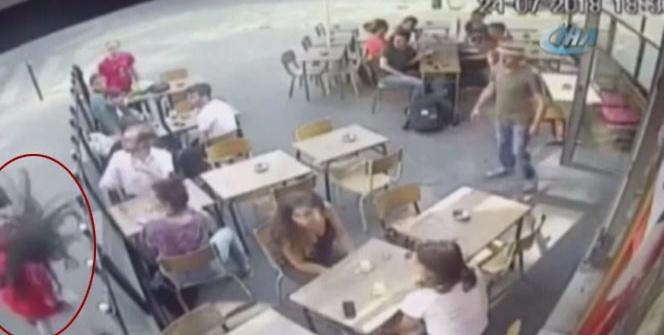 Paris'te sokak ortasında kadına şiddet kameraya yansıdı