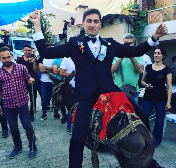 Bursa'da damadı canından bezdirdiler!