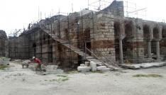 Enezdeki Fatih Camii ezan sesini bekliyor