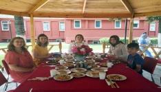 Kırklareli Valisi Bilgin, inşaatı süren Kızılay şube binasında incelemelerde bulundu