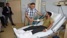 Vali Toprak yaralı özel harekâtçı polisleri ziyaret etti