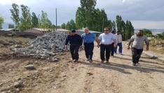 Kaymakam Öter köylerde yol çalışmalarını inceledi