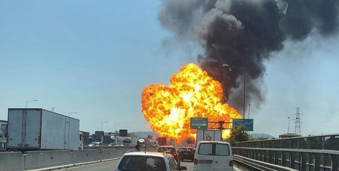 İtalya'da Bologna havalimanında büyük patlama