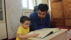 5 yaşında Kuran okumayı öğrendi