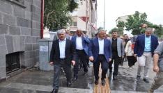 AK Parti Kars Milletvekilleri Kültür Sanat Merkezini gezdi
