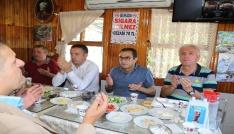 Çayeli Belediye Başkanı Dr. Atilla Esmen, sanayi sitesi esnafı ile kahvaltıda buluştu