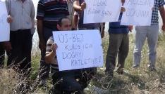 Köylüler merada pankart açtı