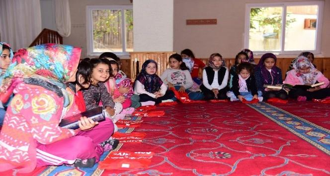 Zorkun Camiinde Kuran-ı Kerim okuma yarışması
