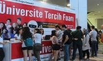 İzmir'de Üniversite Tercih Fuarı heyecanı