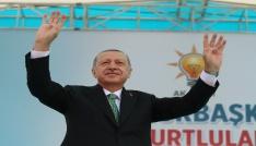 """Cumhurbaşkanı Erdoğan: """"Dolar bizim yollarımızı kesmez yerli parayla bunların cevabını verelim"""""""