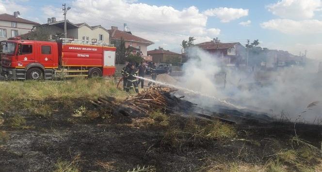 Aksarayda odun yangını paniğe neden oldu