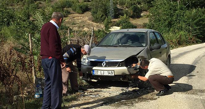 Kastamonu'da iki otomobil çarpıştı: 1 yaralı