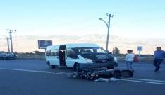 Giresunda motosiklet ile minibüs çarpıştı: 2 yaralı