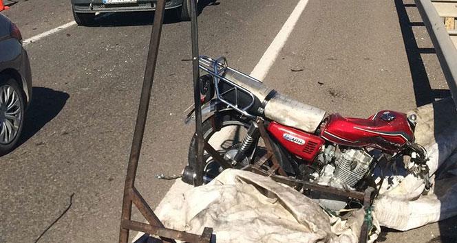 Şanlıurfa'da trafik kazası: 1 ölü, 2 yaralı!!