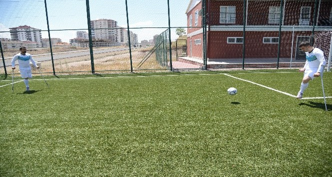 Pursaklar Belediyesi Ampute Futbol Takımı kuruldu