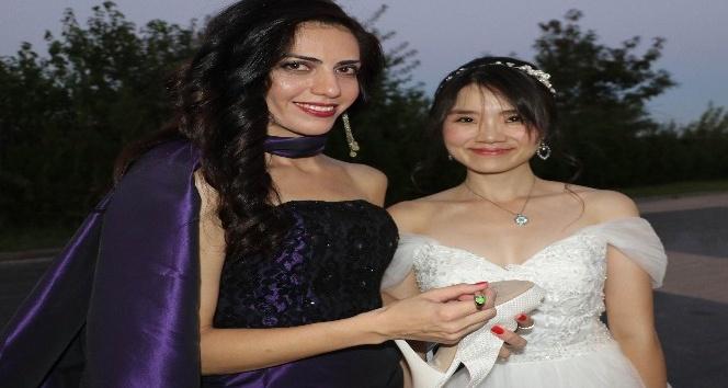 Gelin Tayvan'dan damat Amerika'dan düğün Diyarbakır'da