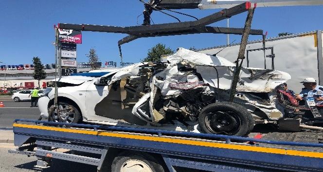 Başkent'te 6 araç birbirine girdi: 3 yaralı