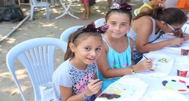 Kuşadası'nda çocuklar için yaz atölyesi etkinliği