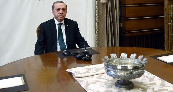 Cumhurbaşkanı Erdoğan şampiyonları kutladı