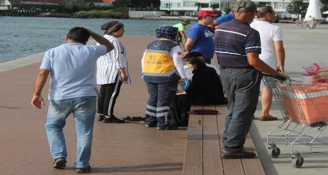 Emirgan'da denize atlayan genç kızı oltayla kurtardılar