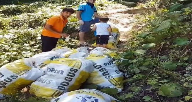 Kandıra sahillerini çöp yuvasına döndüren tatilcilere tepki