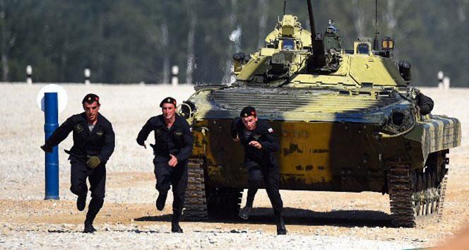 Rus ordusu uluslararası tank müsabakalarında şampiyon oldu