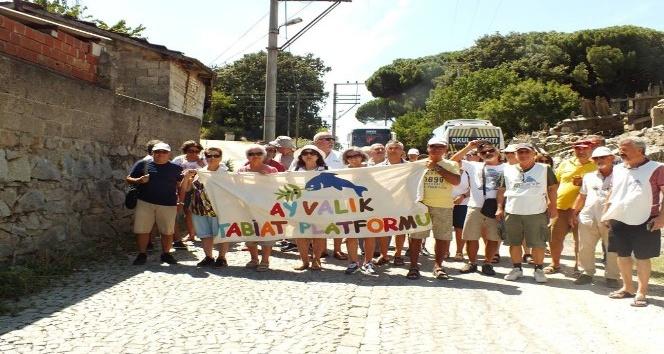 """""""Kozak'ta altına hayır"""" eylemine Ayvalık Tabiat Platformu da destek verdi"""
