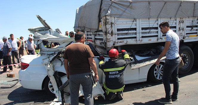Otomobil tıra ok gibi saplandı: 2 ölü, 2 ağır yaralı