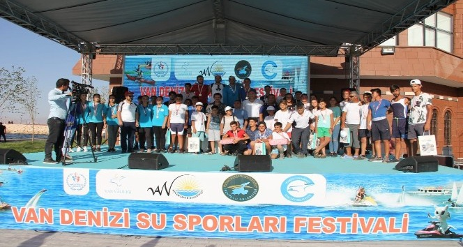 Van Denizi Su Sporları Festivali sona erdi