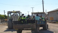 Şuhut Belediyesi çevre düzenleme çalışmalarına devam ediyor