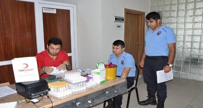 Kars Cezaevi personelinden kan bağışı etkinliği