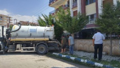 Bolvadinde sel sonrası kanalizasyon temizlik çalışmaları yapılıyor