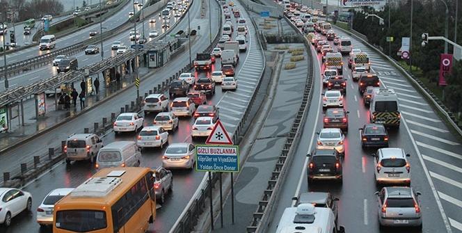 İstanbul'da yarın bu yollar trafiğe kapatılacak