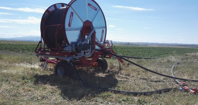 Kars tarımda tamburalı sulama sistemi
