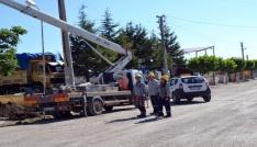 Şuhutta yer altı kablo düzenleme çalışmaları devam ediyor