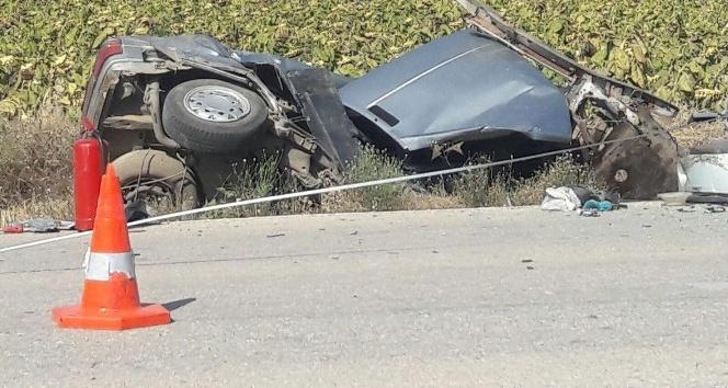 Edirnede feci kaza: 2 ölü, 2 yaralı