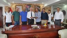 Kudüs Evlatlarıspor Kulübü Başkanı ve oyuncuları Kütahyada