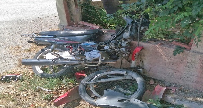 Çaldığı motosikletle kaza yapan hırsız yaralandı