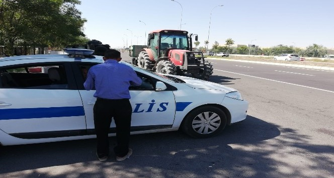 Aksarayda tarımsal araçların trafiğe çıkışı yasaklandı
