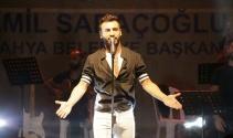 Ünlü popçu Emre Kaya'nın Seni Seve Seve klibi bir haftada 2 milyon kez izlendi