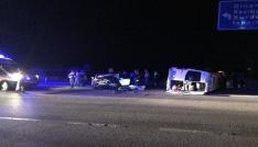 Afyonkarahisarda otomobil işçileri taşıyan minibüsle çarpıştı: 4 yaralı