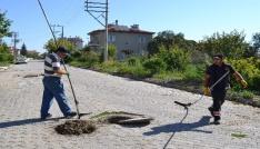 Şuhutta kanalizasyon ve yağmur suyu hatlarında temizlik çalışmaları