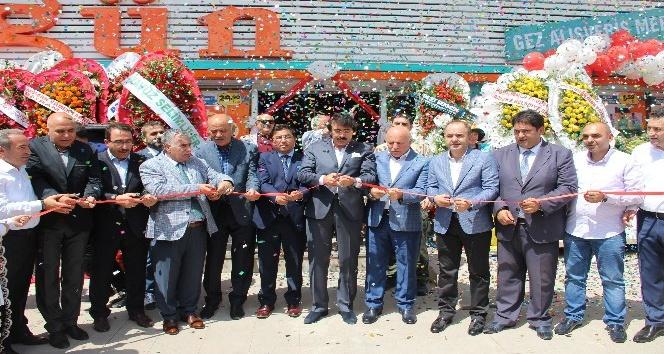Düzgün Marketler 16. Şubesinin açılışını yaptı