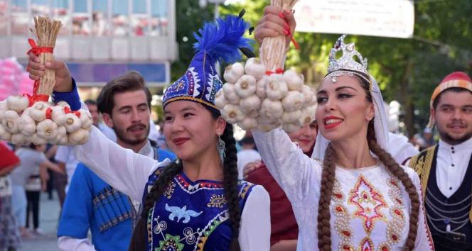 Dünyaca ünlü sarımsağın festivali başladı