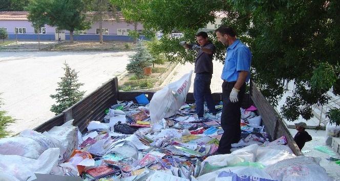 Kütahyadaki 207 kuruma 202 bin 444 TLlik atık kağıt katkısı