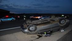 4 kişilik aile takla atan araçtan yara almadan çıktı